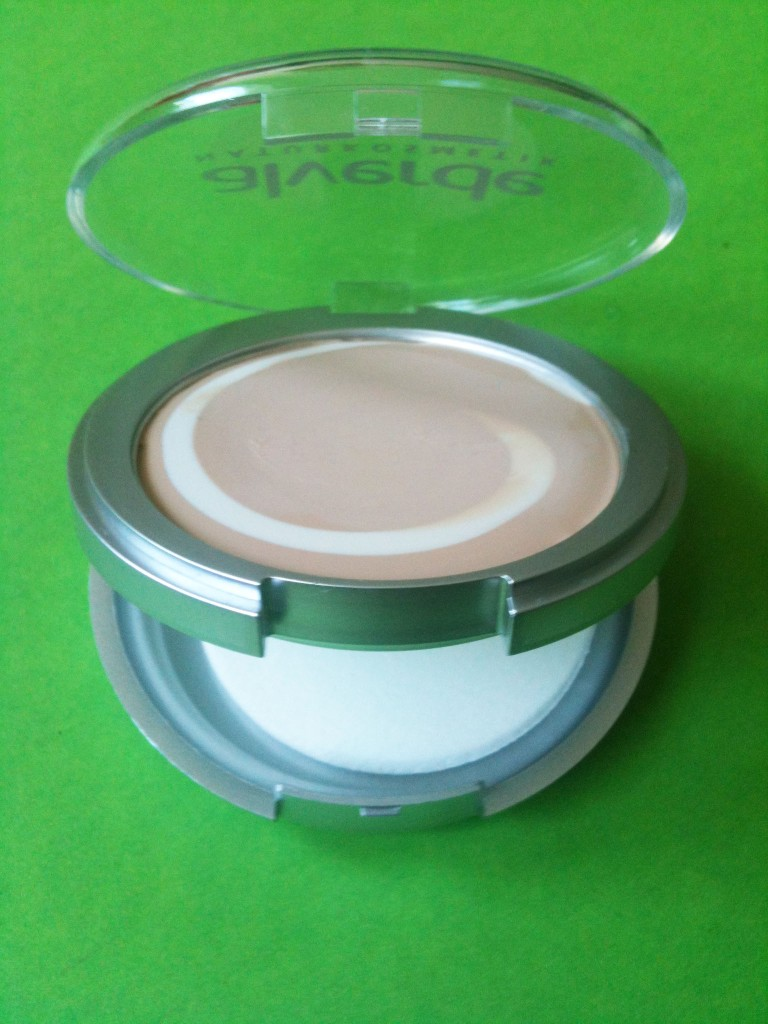 alverde cream to powder make up 10 soft cream 1