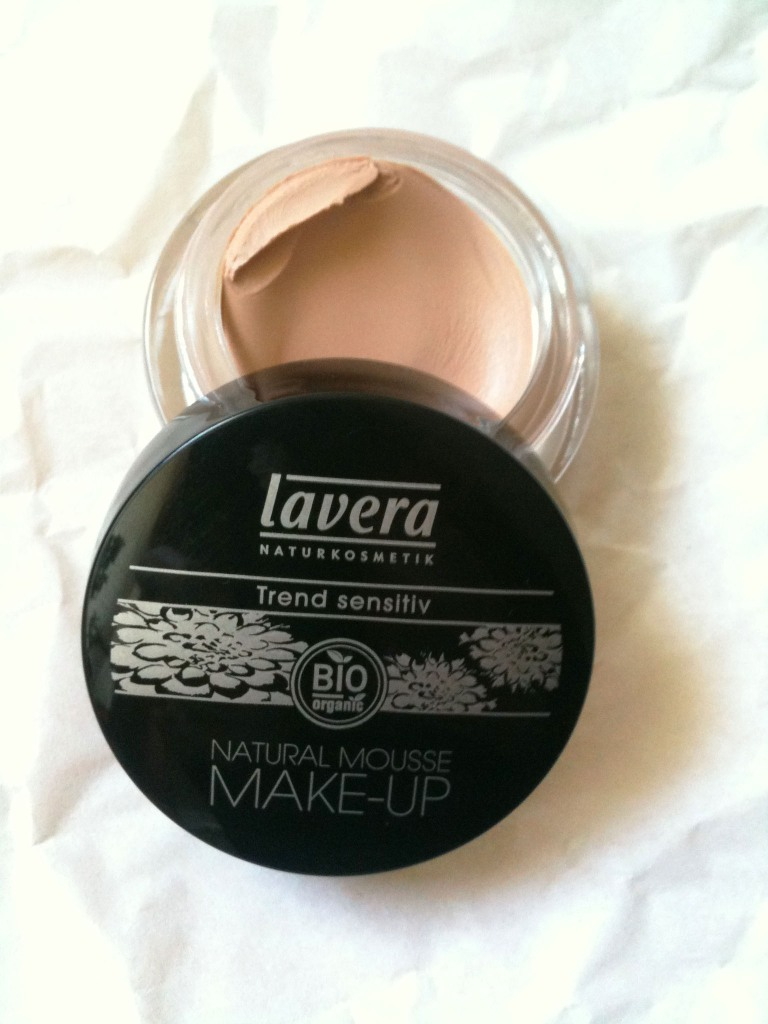 lavera natural mousse make up