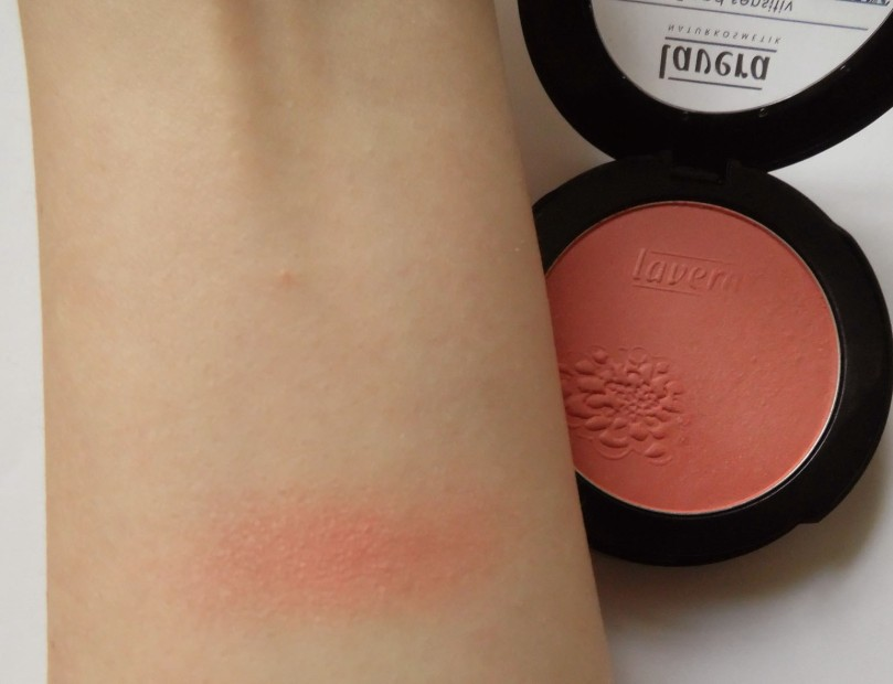 lavera so fresh mineral rouge powder 4
